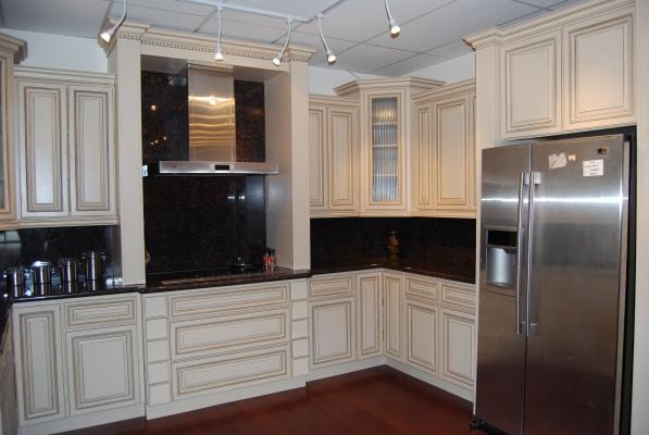 antique white kitchen cabinet