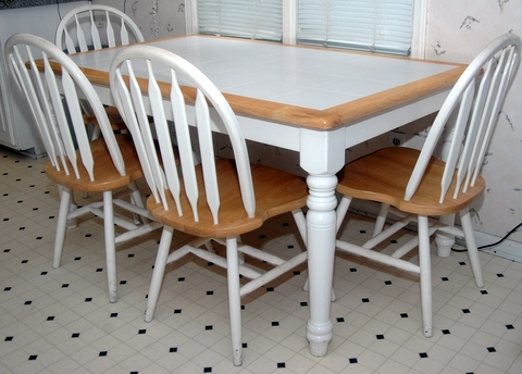 kitchen table chairs and bench